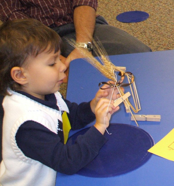 The story of Ruth: Preschoolers make wheat creations