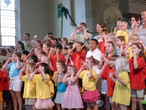 VBC participants sing in church