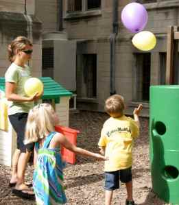 PreK Games: Don't drop the balloon baby