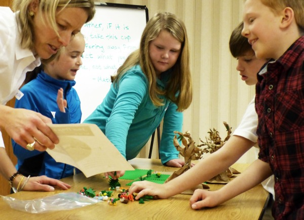 3rd graders construct with Legos